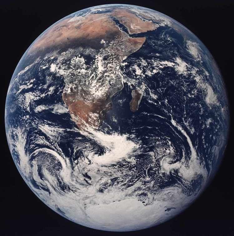 Earth Earth Introduction