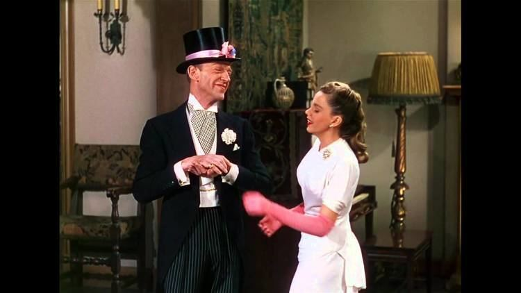 Easter Parade (film) Easter Parade Easter Parade Fred Astaire Judy Garland YouTube