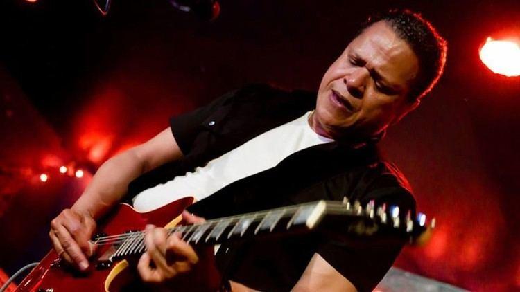 Eddie Martinez Eddie Martinezs 5 Essential Guitar Albums Classic Rock