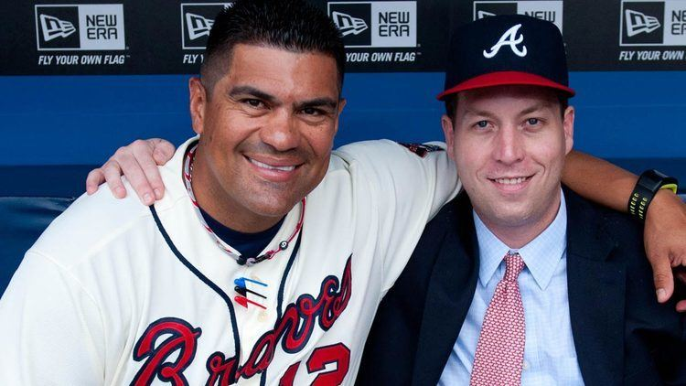 Eddie Pérez (baseball) Braves bullpen coach Eddie Perez prepared for MLB managerial