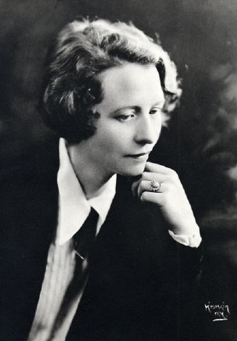 Edna St. Vincent Millay Edna St Vincent Millay Vassar College Encyclopedia