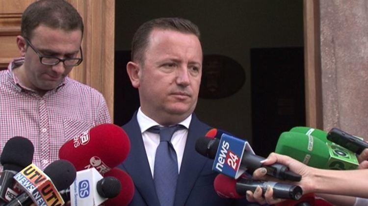 Eduard Halimi Eduard Halimi flet pr humbjen e PD dhe shprehet kundr liderit