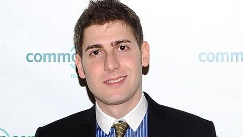 Eduardo Saverin Facebook IPO Eduardo Saverin Defends Citizenship Move