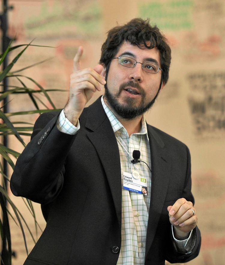 Edward Boyden FileEdward Boyden World Economic Forum 2013jpg