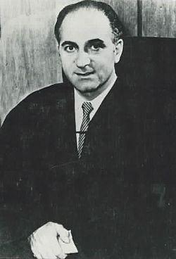 Edward D. Re httpsuploadwikimediaorgwikipediacommonsthu