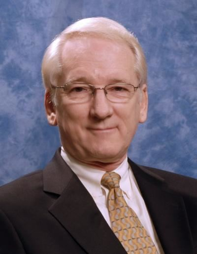 Edward H. Shortliffe httpswwweurekalertorgmultimediapubweb3011