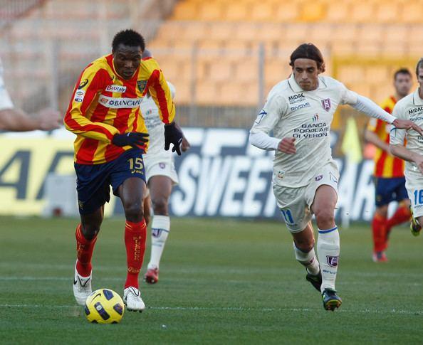 Edward Ofere Edward Ofere Photos Lecce v AC Chievo Verona Serie A