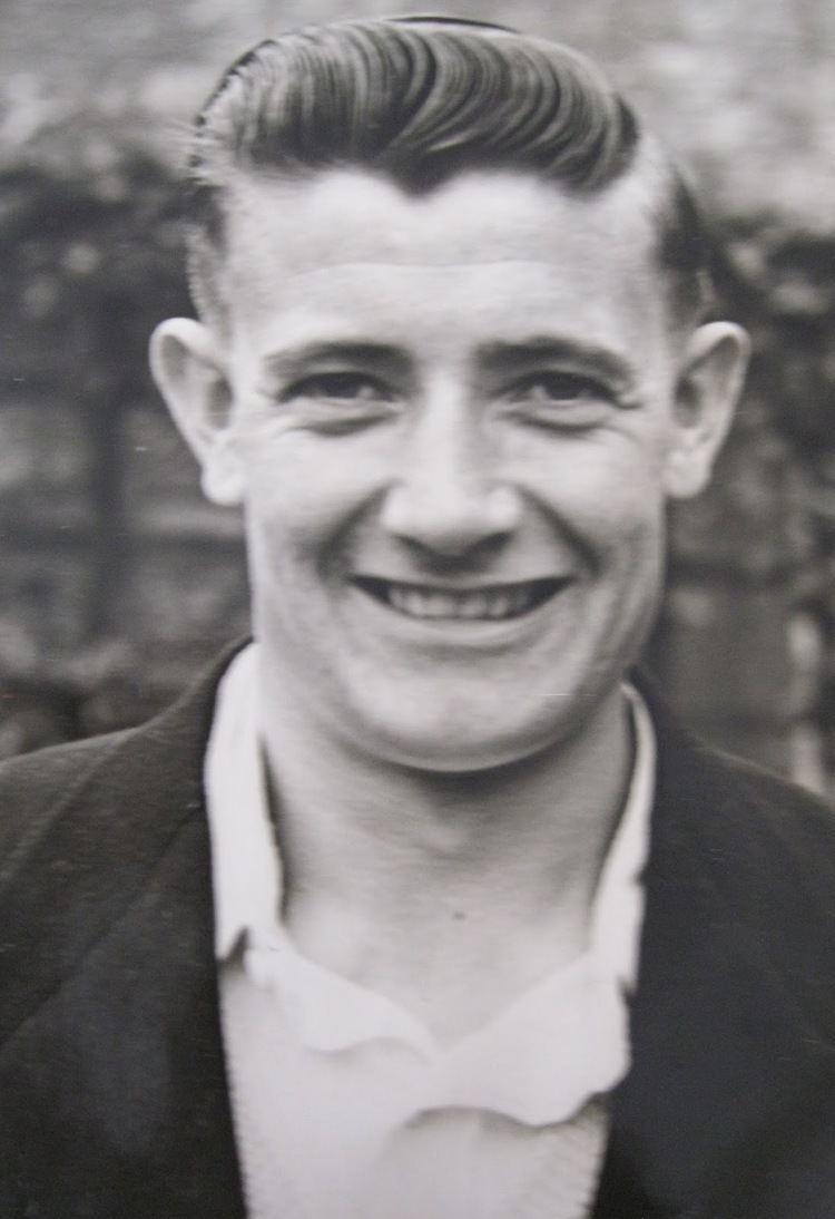 Edwin Smith (cricketer, born 1934) 4bpblogspotcomninCWNBhwSYVY8jFh6OOXIAAAAAAA