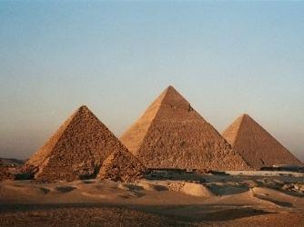 Egyptian pyramids cdnhistorycomsites2201312egyptianpyramids
