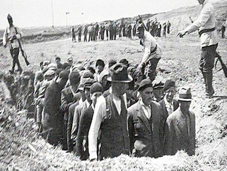 Einsatzgruppen 1000 images about Einsatzgruppen on Pinterest Crime Soviet union