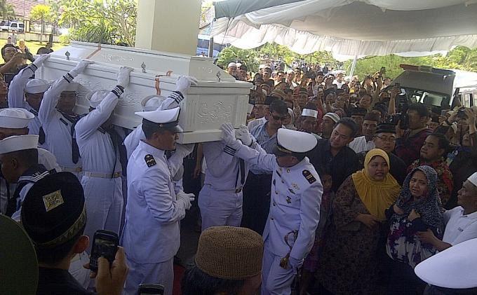 Eko Maulana Ali Foto Jenazah Eko Maulana Ali Disambut Isak Tangis Keluarga