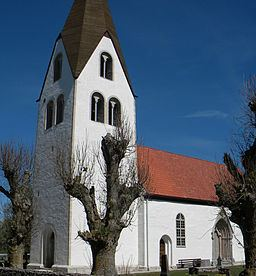 Eksta Church httpsuploadwikimediaorgwikipediacommonsthu