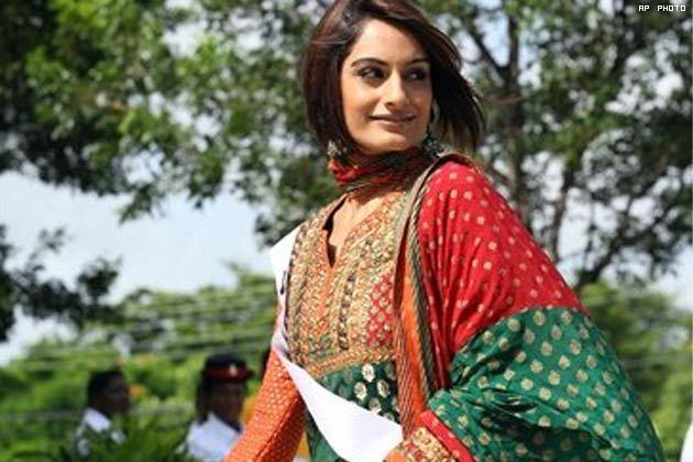 Ekta Chowdhry Ekta Chowdhry1 Miss India Ekta Chowdhry in Bahamas