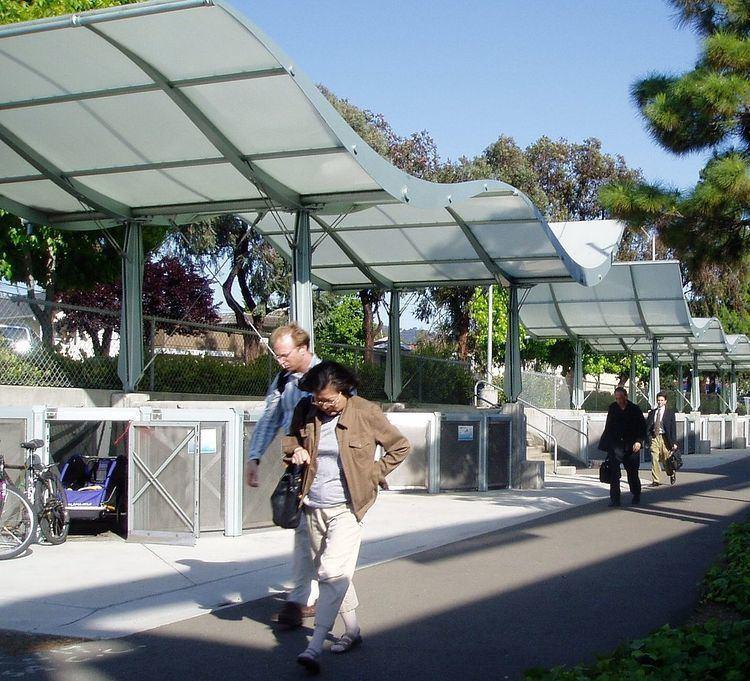 El Cerrito Plaza station