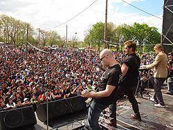 El Cielo (band) httpsuploadwikimediaorgwikipediacommonsthu