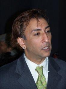 El-Farouk Khaki httpsuploadwikimediaorgwikipediaenthumb4