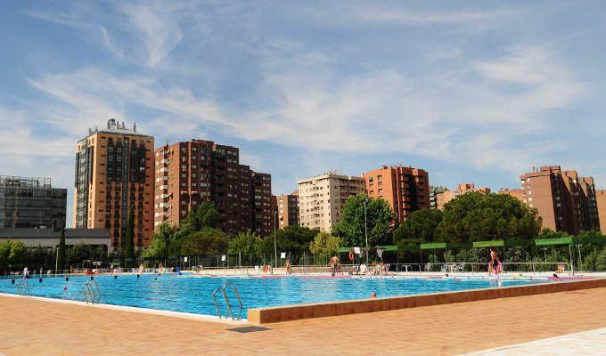 El Pilar (Madrid) Polideportivo Vicente del Bosque Polideportivo Barrio del Pilar