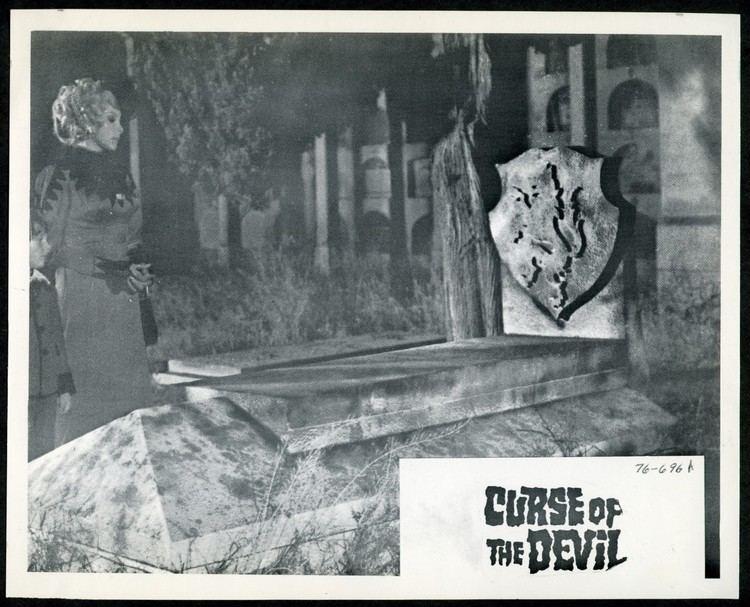 El Retorno de Walpurgis SERIOUS STILLS CURSE OF THE DEVIL 1973 AKA RETURN OF THE WEREWOLF