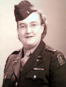 Elaine Roe httpsuploadwikimediaorgwikipediacommonsthu