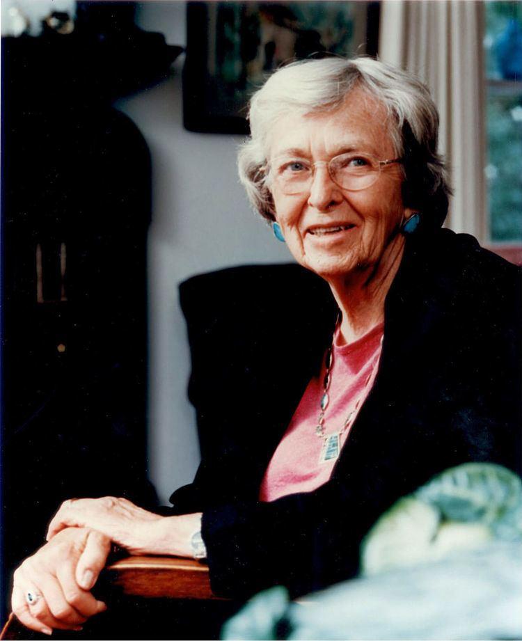 Elaine Szymoniak
