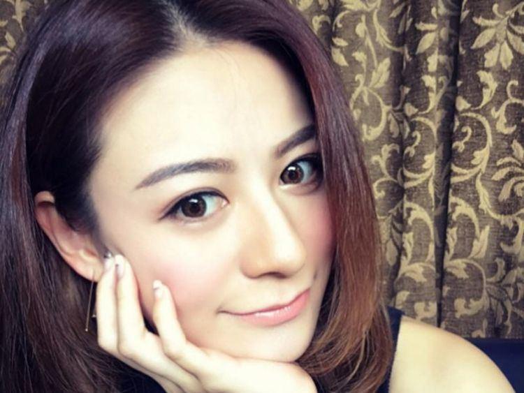 Elanne Kong Elanne Kong announces relationship with fried bun king