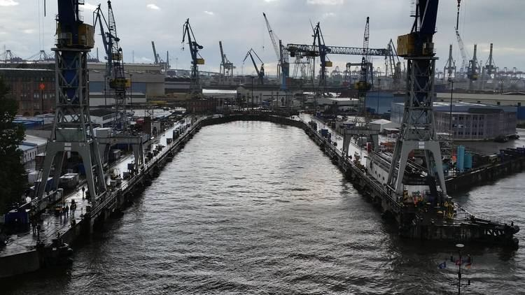 Elbe 17 Crystal Symphony Dry Dock Day 1 I Spy Travel