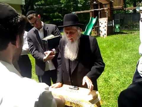 Elchonon Wasserman Rabbi Fishbain shlita speaking about Rav Elchonon Wasserman ztl