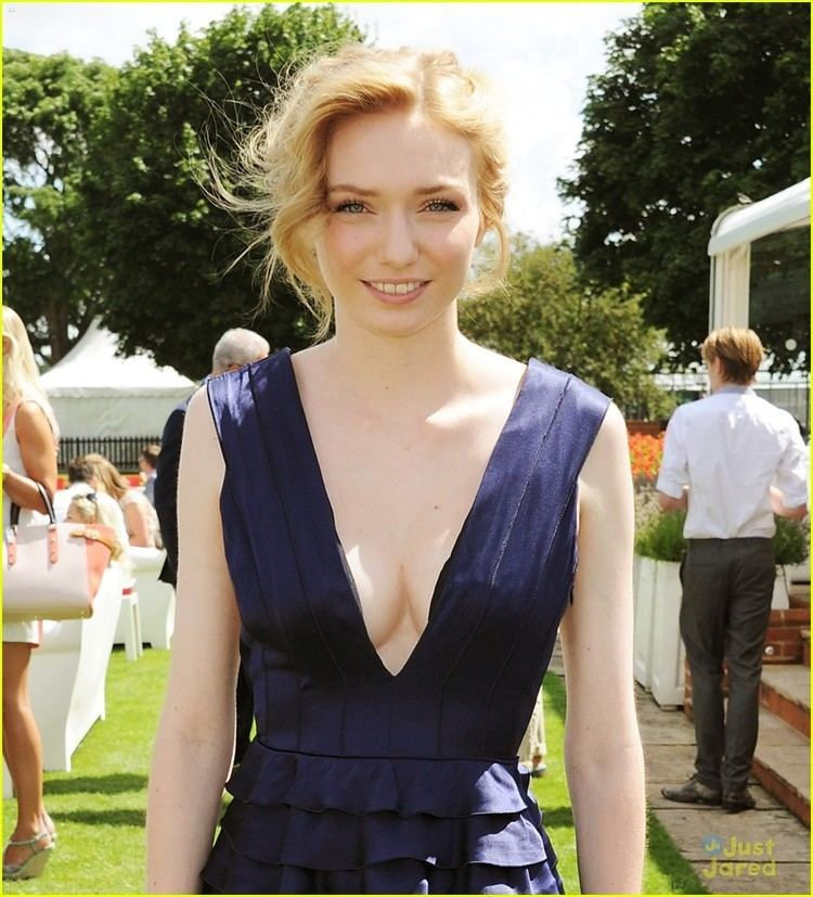 Eleanor Tomlinson Eleanor Tomlinson Inspired by Duchess Kate for 39White
