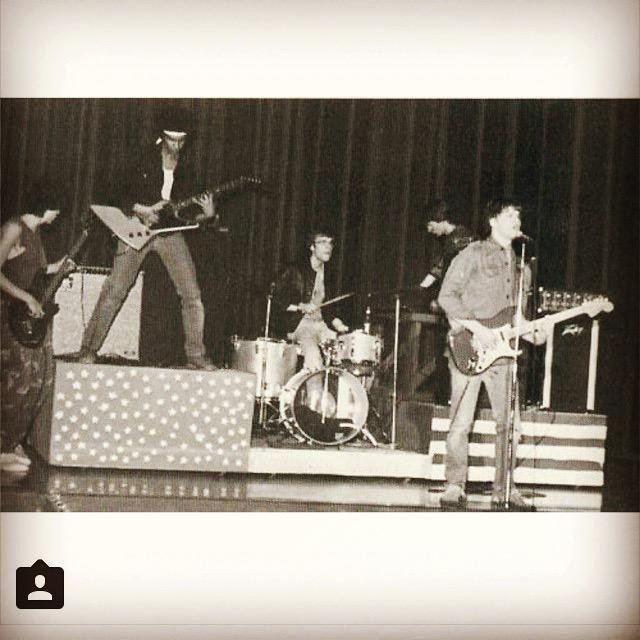 Electric Sheep (band) httpspbstwimgcommediaBTEMYcU0AEHAgDjpg