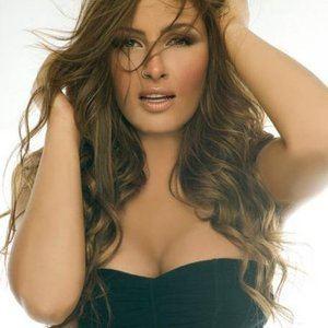 Elena Paparizou httpsa2imagesmyspacecdncomimages032c356bd