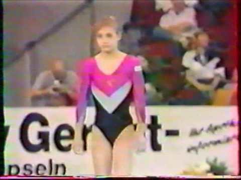 Elena Sazonenkova Elena SAZONENKOVA URS vault 1989 Stuttgart worlds Team Optionals