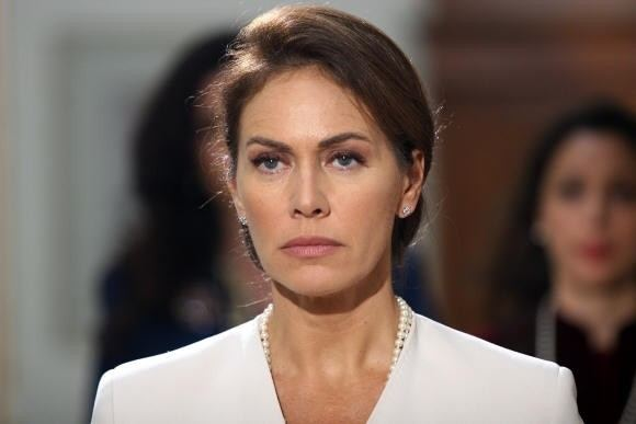 Elena Sofia Ricci I Cesaroni 5 Elena Sofia Ricci Lucia Liguori LaNostraTv
