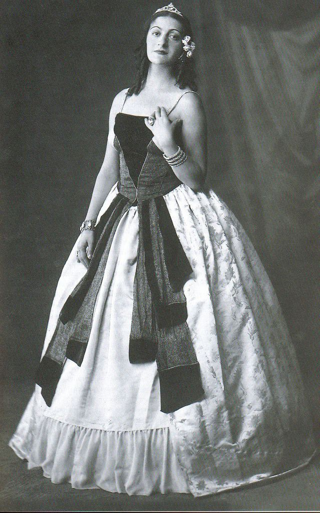 Eleni Papadaki Greek Actress Eleni Papadaki as Rita Cavallini in Sheldon Flickr