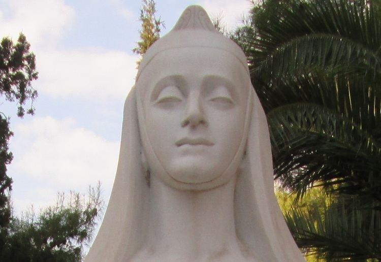 Eleni Papadaki Athens First Cemetery in English Eleni Papadaki