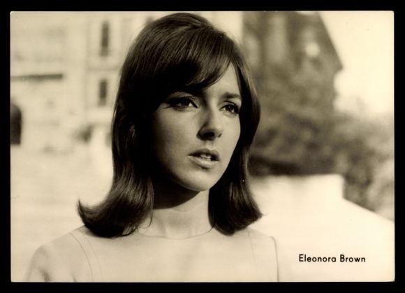 Eleonora Brown Postcard Schauspielerin Eleonora Brown Tolles Herz halt