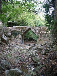 Eleutherna Bridge httpsuploadwikimediaorgwikipediacommonsthu