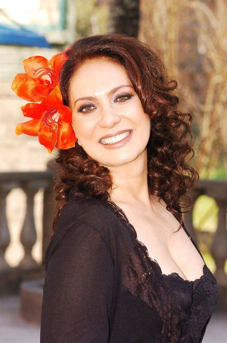 Eliane Giardini Eliane Giardini como Eva em quotCobras e Lagartosquot Lindas