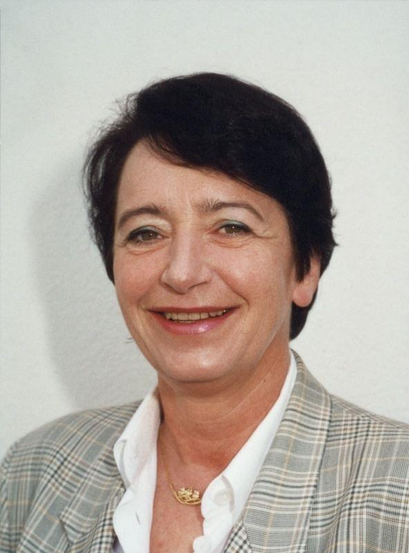 Elisabeth Gehrer Elisabeth Gehrer Biografie von Elisabeth Gehrer
