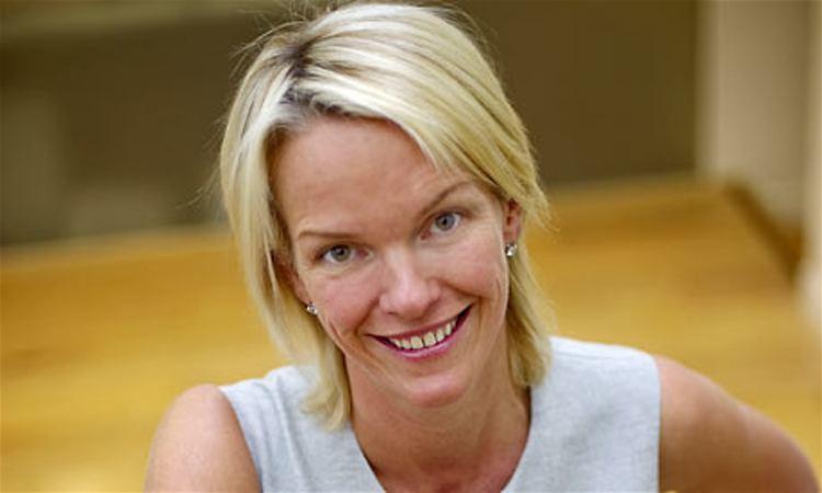 Elisabeth Murdoch (businesswoman) Elisabeth Murdoch on Shine family succession and ambition