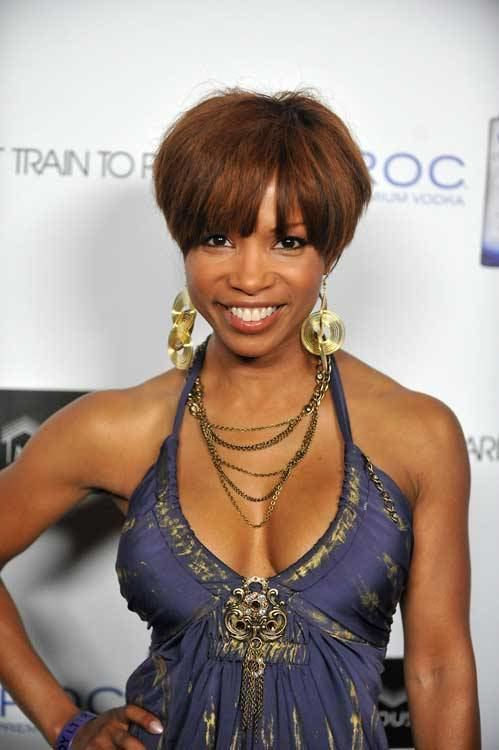 Elise Neal Elise Neal Knows How To Rock A Short Do1966 Magazine