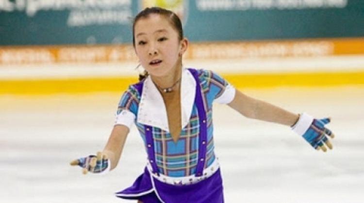 Elizabet Tursynbayeva 11yo Kazakhstan figure skater performed in Christmas Meeting
