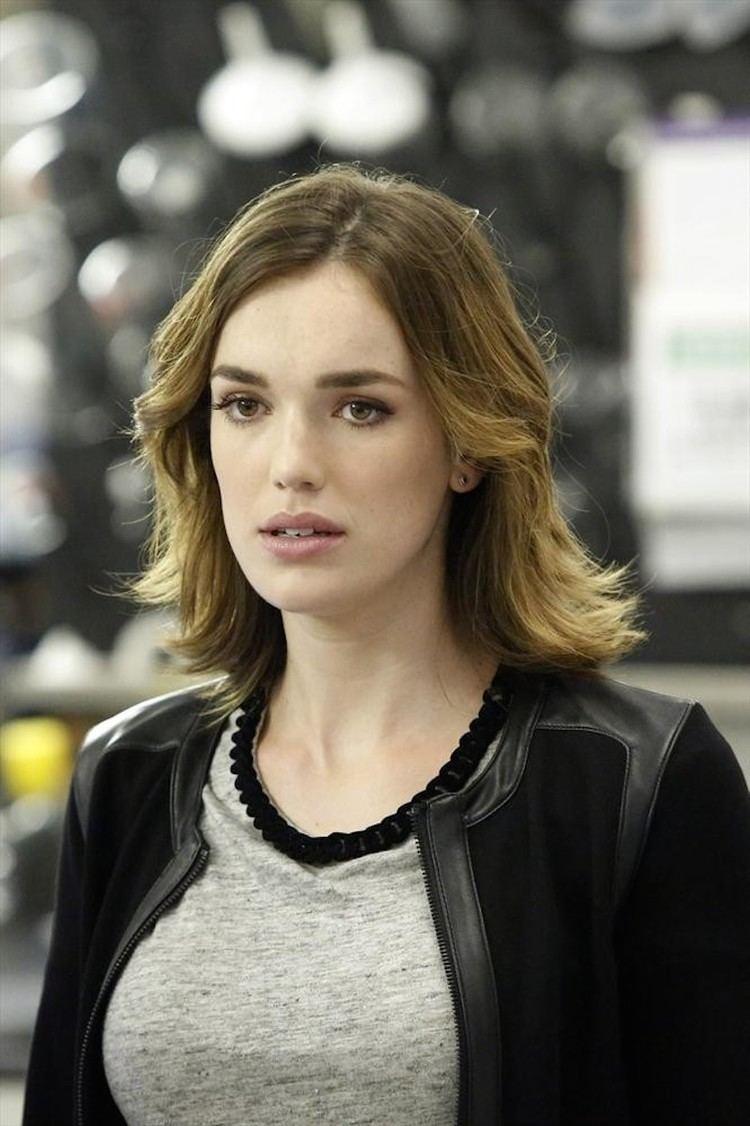 Elizabeth Henstridge Agents of SHIELD season 2 episode 5 preview and stills