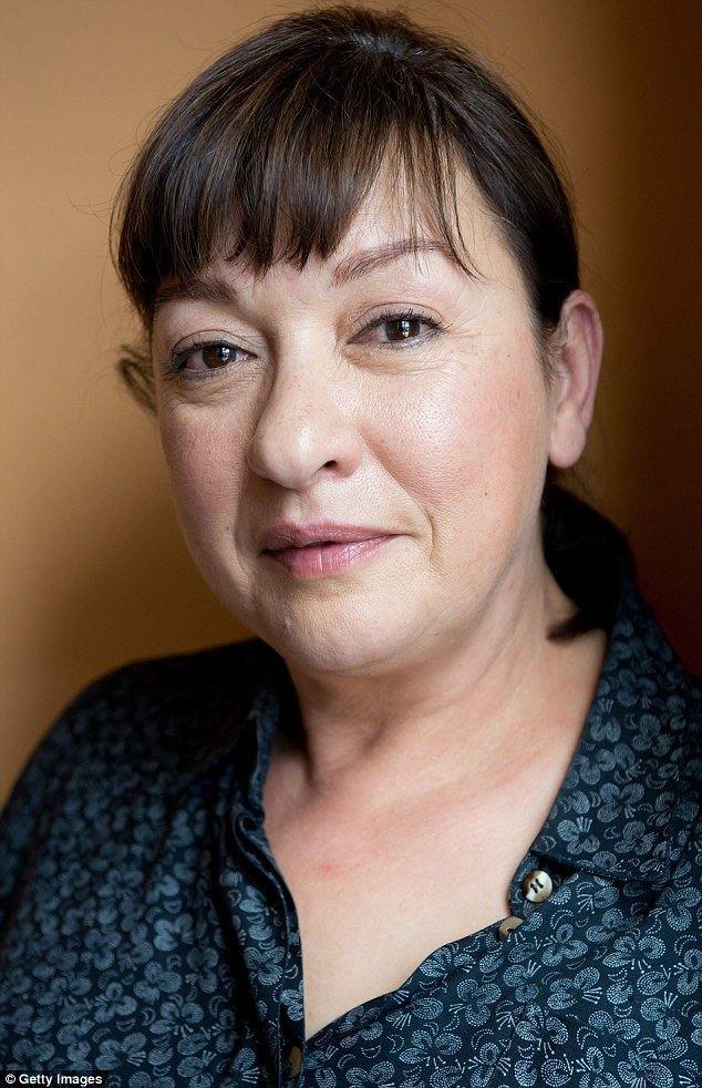 Elizabeth Peña Elizabeth Pena 55 died from liver disease 39due to alcohol abuse