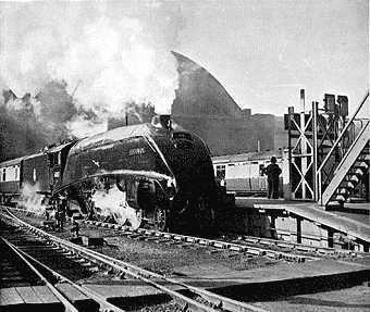 Elizabethan Express httpsuploadwikimediaorgwikipediaen336Eli