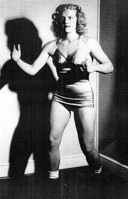 Ella Waldek CANOE SLAM Sports Wrestling Ella Waldek A life of triumphs
