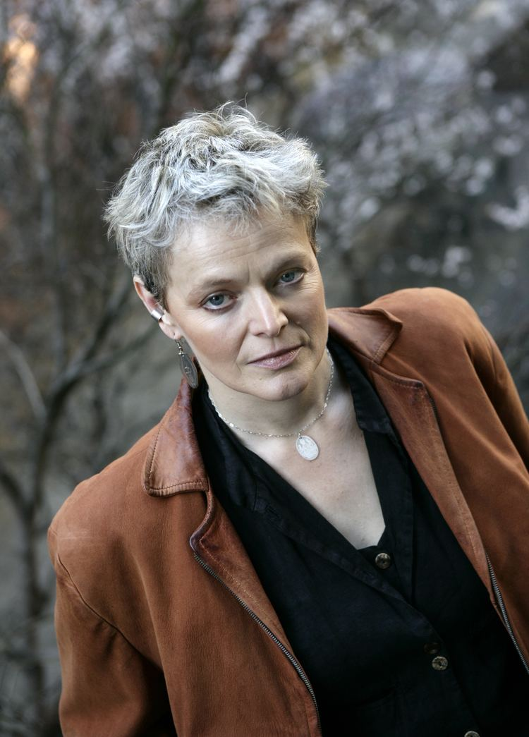 Ellen McLaughlin Ellen McLaughlin Clarke Forum for Contemporary Issues