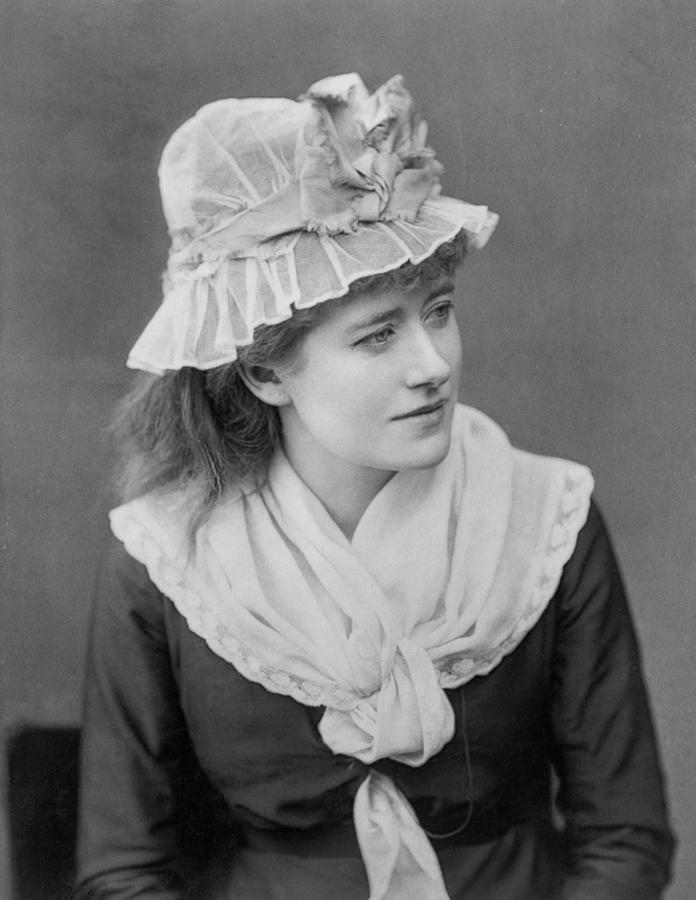Ellen Terry 1ellenterry18471928englishactresseverettjpg