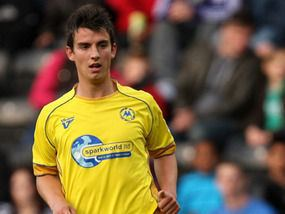 Elliot Benyon Elliott Benyon is going for broke for Torquay Football