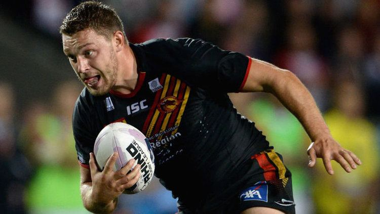 Elliott Whitehead Catalans39 forward Elliott Whitehead to join NRL39s Canberra