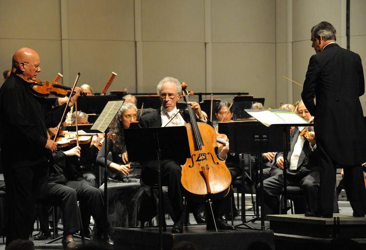 Elmar Oliveira Monterey Symphony39s End of Season Concert Peninsula Reviews
